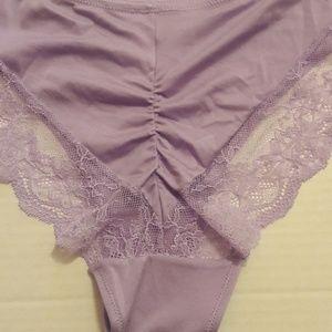 2c133345c29e Maidenform Intimates & Sleepwear - Maidenform Comfort Devotion Tanga panty  SZ L/7